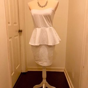 White Sweetheart Strapless Dress